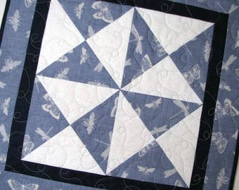 """Modern Quilted Table Topper, Spring Table Topper, Butterflies and Bumblebees, Gray and White Hourglass Table Mat, 19""""x19"""", Quiltsy Handmade"""