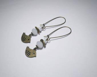 White earring - Stud Earrings, glass beads faceted, birds