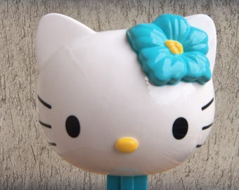 Giant PEZ Dispenser HELLO KITTY Hawaiian Flower