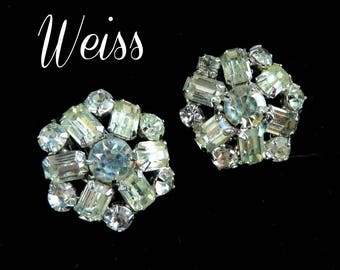 Vintage Rhinestone Snowflake Earrings, Bridal Earrings, Signed Weiss Crystal Clip-on Earrings, Perfect Gift, Gift Box, FREE SHIPPING