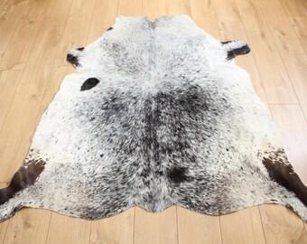 Western Cowhide Rug - Beautiful Salt & Papper- Luxurious Cowhide Rug - Approx 155 Cm X 142 Cm - D76