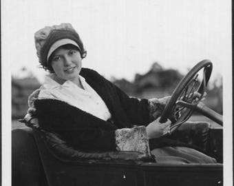 Vintage Photo of Pretty Girl Driving Antique Car 1920's, Original Found Photo, Vernacular Photography