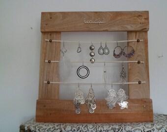 Pallet wood jewelry holder