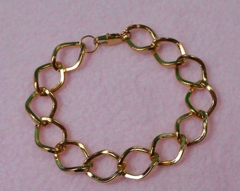 ON SALE SALE! Yellow Gold Plated Large Chain Link Bracelet