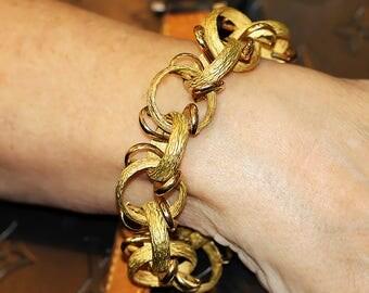 Large Estate Hoop Link Bracelet in Heavy 18kt Yellow Gold Bark Finish