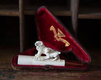 WDO genuine meerschaum Cigar Holder. Hand Carved Two Dogs. Beautiful!