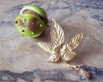 Chestnut. Handmade Lampwork Pendant. Lampwork Glass Chestnut, Gold Chestnut Leaf. Green, Brown, Gold Glass Pendant. Autumn Theme Jewelry.