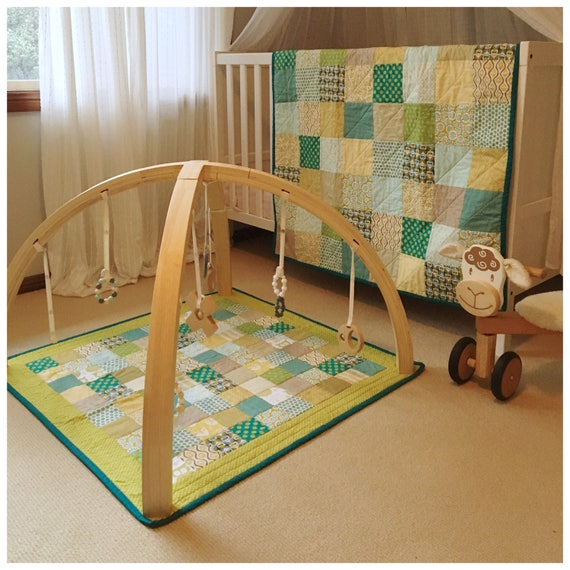 In The Woods Patchwork Cot Quilt