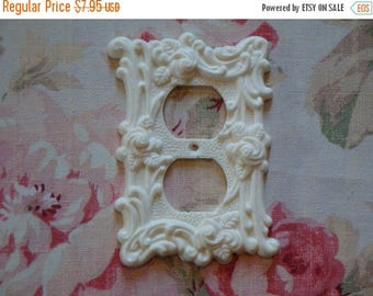 Sale 10% Roses & Flourish Outlet Wall Plate Resin French Country 1967