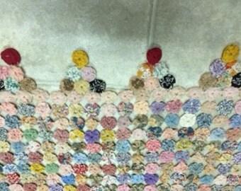 Handmade Vintage Yoyo Coverlet