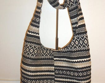 The SALE Is On SALE Must See Beautiful Large Hobo Shoulder bag