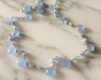 Rosary in sterling silver with chalcedony stones.
