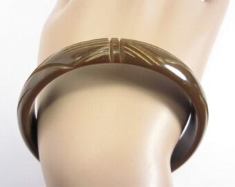 Vintage Carved Bakelite Bangle Bracelet Brown