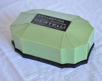 Box of pomade Bertelli's bakelite 20 years