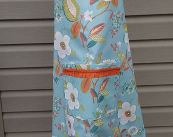 Aprons,Mothers Day Apron ,Birthdays ,Flowered Apron