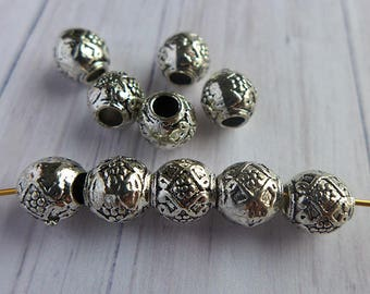 Antique silver plated pewter beads 9mm 4pcs