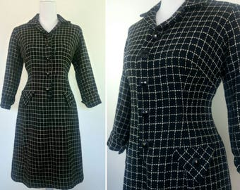Vintage 1960s black white Stitches wool fitted shirt dress size M
