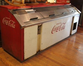Working Vintage Narco Model CL50-B Coca-Cola Store Counter Cooler
