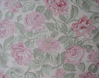 "Fat quarter of Paris Flea Market by 3 Sister For Moda Large Roses on Creamy Background.  Approx. 18"" x 22"""