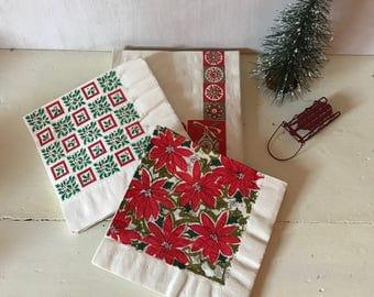 Vintage Christmas Napkins ~ Vintage Holiday Napkins ~ Kitsch Christmas ~ Mid-Century Modern Christmas Decor ~ Vintage Christmas Table Linens