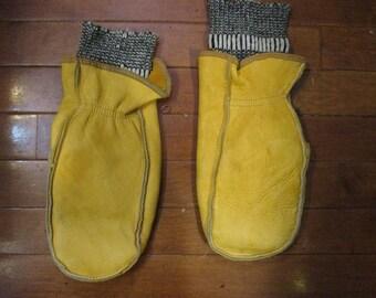 pair of vintage Jumbu genuine buckskin mittens