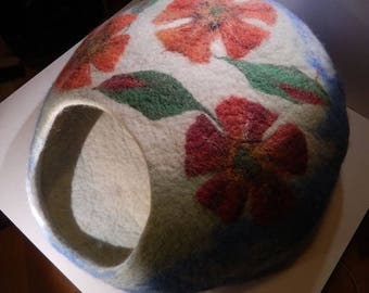 Handmade Cat Cave, Cat House, Cat Bed from Felted Wool. Made by Feltingstudio in Edinburgh, SCOTLAND