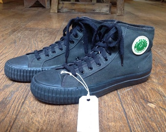 Vintage black canvas PF Flyers trainers sneakers US 10.5 UK 10 basketball Converse sportswear