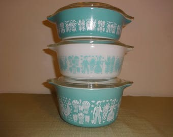 3 Vintage Pyrex Butterprint Casserole Dishes with Lids 471, 472, 473 Turquoise Blue & White