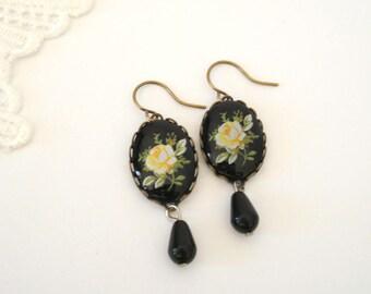 Victorian Roses Earrings, Black Drop Earrings, Vintage Dangle Earrings, Antiqued Earrings, Everyday Jewelry, Gift for Her