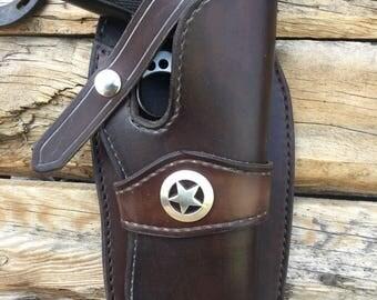 1911 Pistol Wildbunch style gun holster made in Wyoming .