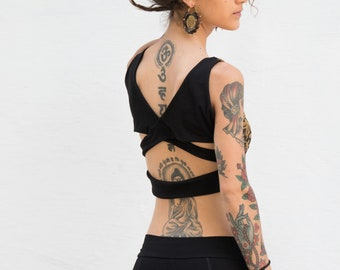 triangle yoga top, yoga clothing, top, sport top, Top of cross straps in the back, print triangle