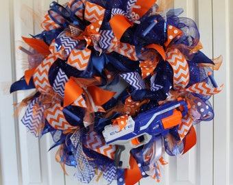 Nerf deco mesh wreath.  Nerf Party decor.  Nerf gun wreath