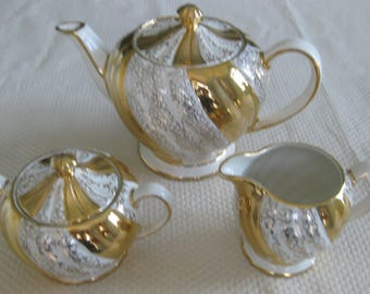 SADLER TEAPOT, CREAMER and Sugar Bowl with Lid, Gold and White.  Made in England