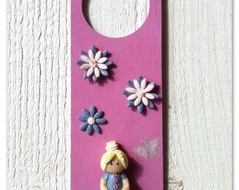Little girl (wood and polymer) door plaque