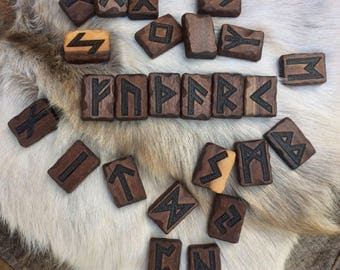 Divination Runes, Casting Runes, Rune Magic, Runes, Futhark, Runelore - handcrafted of fine hardwoods, full set (25) & pouch - MADE TO ORDER
