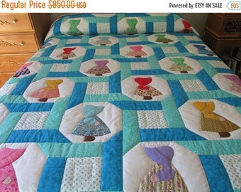 ON SALE: Sunbonnet Sue Quilt, Amish Quilt, Appliqued Quilt, Girls Quilt, Country Quilt,Hand Made Quilt, Blue Quilt,Queen Size Quilt,Quilted