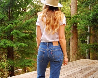 Summer SALE 90's Levis jeans, 30 31 waist vintage levis 517, 90s Grunge  jeans, Slim Fit Bootcut High waisted jeans, M L Mom Jeans, Boyfrien