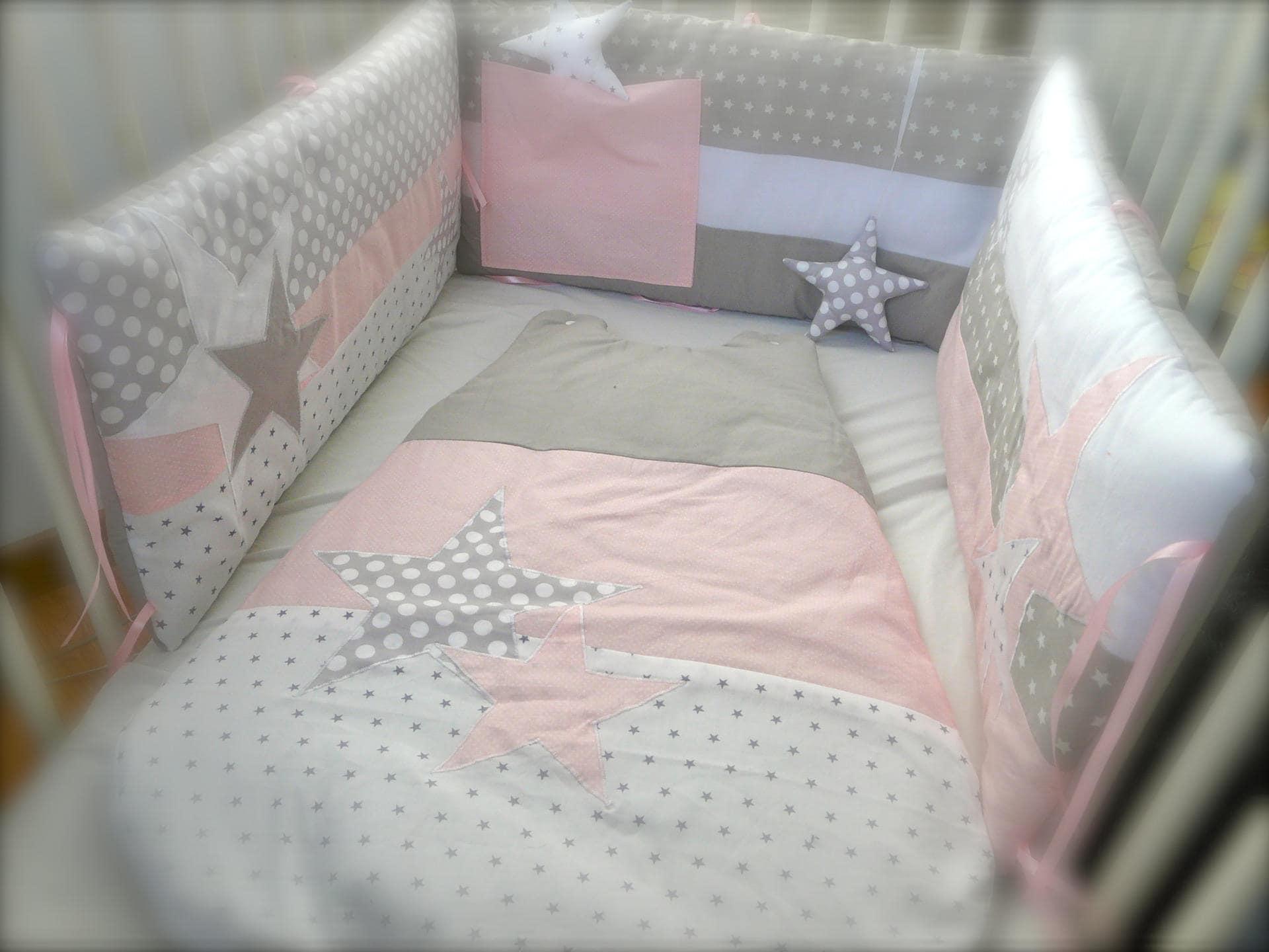 Tour de lit lit 70x140 etoiles rose et gris perles - Tour de lit bebe 70x140 ...