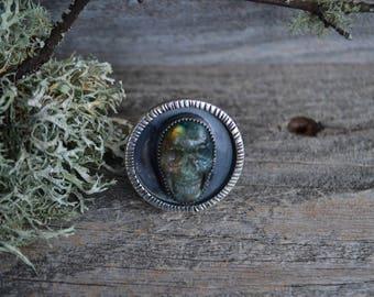 Labradorite skull ring size 7