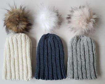 Girl's chunky knit pompom beanie