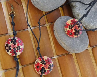 Ornament style Bohemian black and red floral button