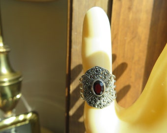 Vintage Sterling Silver Hallmarked 925 with Garnet Gemstone & Marcasite  Sparkling Gemstone Ring Size 7, Wt. 4.4 Grams