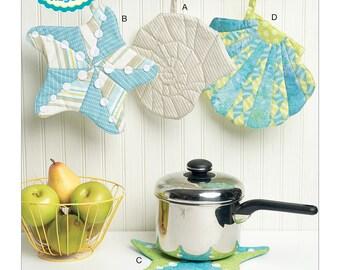 Kwik Sew Ellie Mae Sewing Pattern K0236 Seashell-Themed Potholders with Hanging Loop