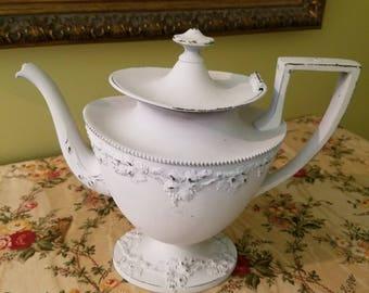Vintage Shabby Chic Teapot