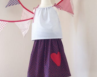 Love heart  pocket skirt // retro style floral navy red // 4 T years // twirly vintage // UK