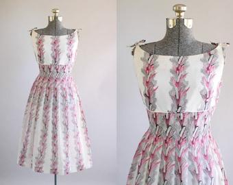 Vintage 1950s Dress / 50s Cotton Dress / Horrockses Pink Empire Waist Botanical Print Dress M