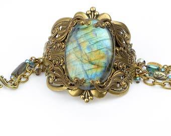 Labradorite Bracelet, Gemstone Bracelet, Labradorite Stone Bracelet, Statement Bracelet, Labradorite Jewelry, Blue Labradorite Stone, Gift