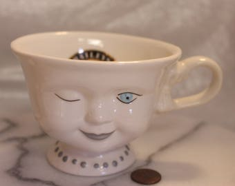 Bailey's Winking Eye Coffee Mug with Necklace Signed by Helen Hunt for LA Youth Network