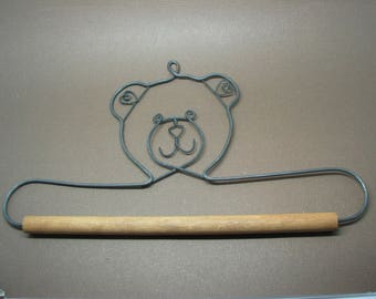 Supports 20cm to slip your embroidery wood metal and clear