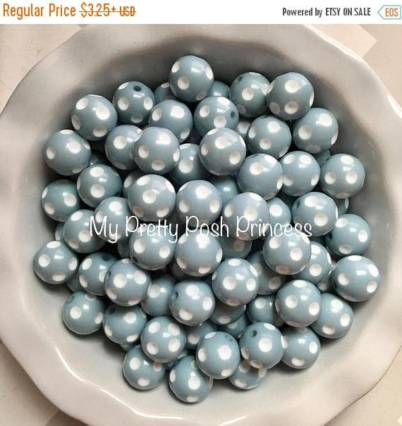 MEMORIAL SALE 20mm Beach House Blue Polka Dot Chunky Bubblegum Beads Set of 10